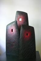 3 Stèles, hêtre, pièce unique, 2010