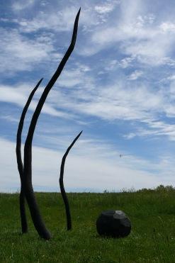 Les Racines du Ciel, installation, cèdre, 500 cm, 2015