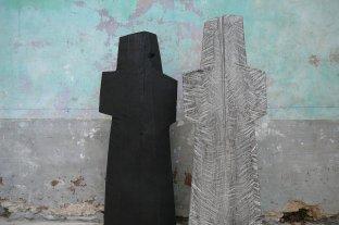 Luttant 139 cm - Intranquille, pièces uniques, frêne, 2012