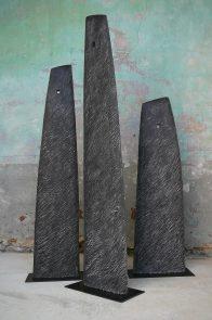 Vers la bas..., triptyque, hêtre, 173 - 149 - 126 cm, 2011