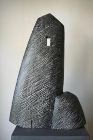 Pierre Levée V, hêtre, pièce unique, 66 x 44 cm, 2016