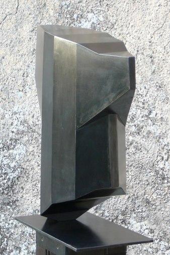 Buste-Fragment, acier, pièce unique, 58 x 54 x 17 cm, 2017